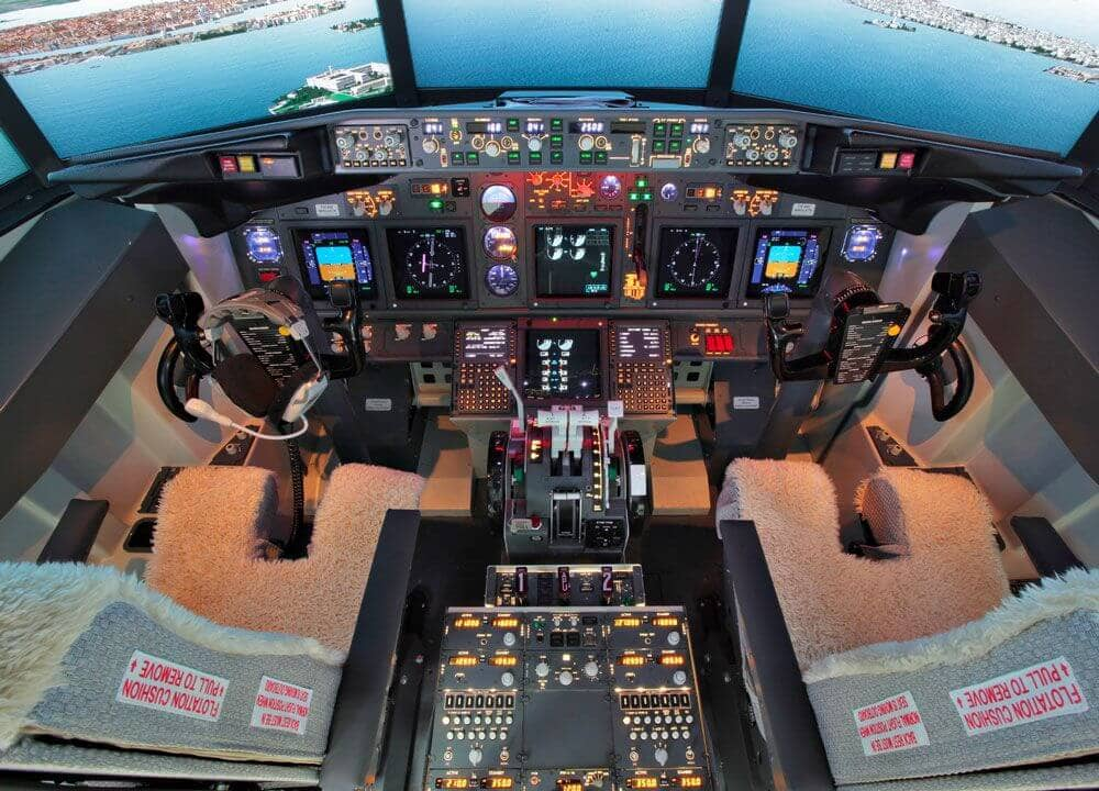 FSC-IAMS-2019-B737-SIMULATOR-COCKPIT-REAL