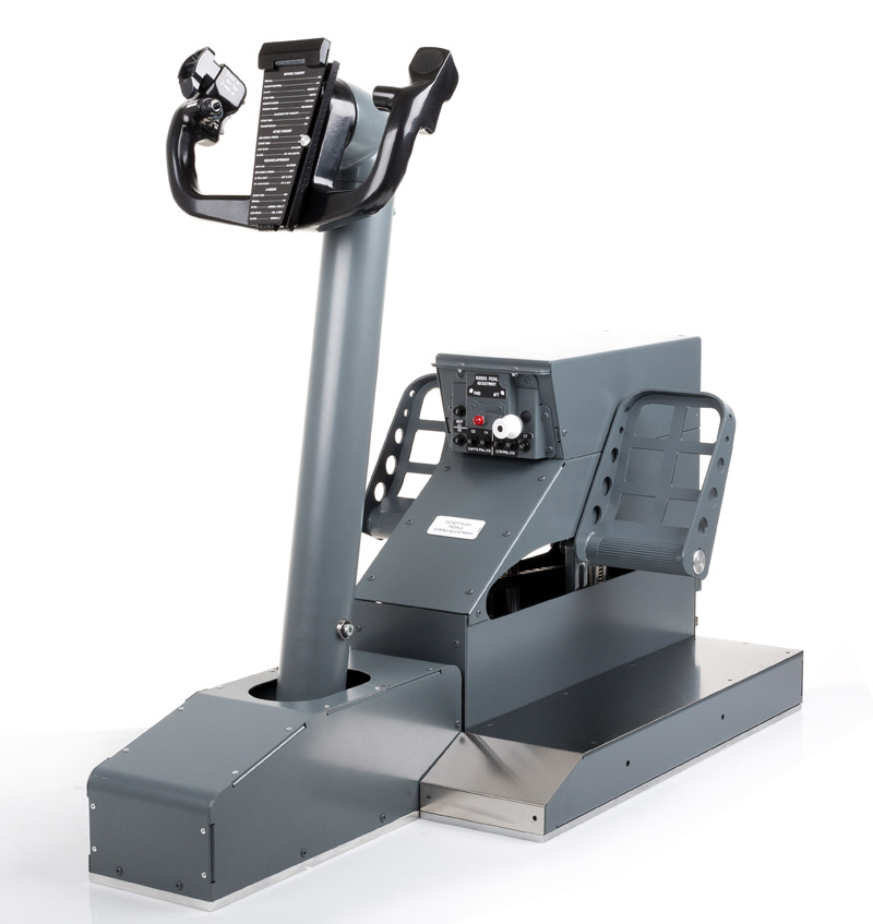 FSC-B737NG-YOKE-SINGLE-CONTROL-LOADING-WITH-RUDDER-PEDALS-FRONT-34
